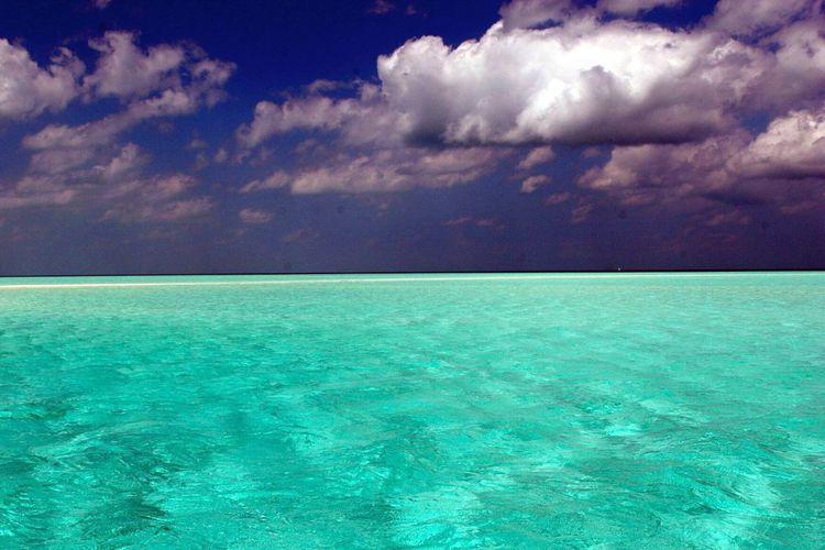 Nassau, Bahamas. DeLeonStrong Optoutside