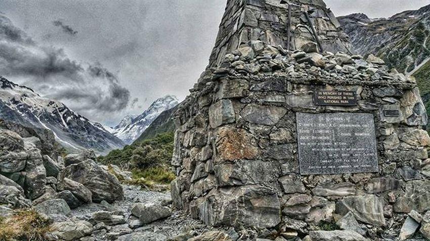 Alpine memorial Hookervalley Nzmustdo Newzealand Mountcook MtCook Memorial