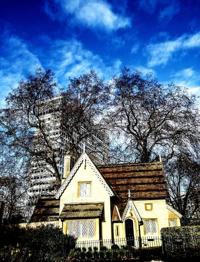 Built Structure Architecture Sky No People Building Exterior Outdoors Contract Contrasting Building London Park