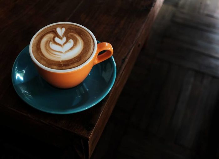 Coffee - Drink Coffee Cup Food And Drink Cappuccino Latte Coffee Break Table Coffee Wood Fujifilm INDONESIA Wooden Texture Food And Drink Barista Life Baristalife Barista Art Coffee Beans Wood - Material Coffee Shop Coffee Time