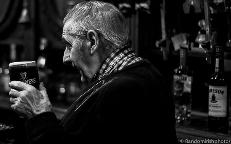 Pulling pints in O Loughlin's pub in Dun Laoghaire. Blackwhitephotography Insta_ireland Monochrome Black And White