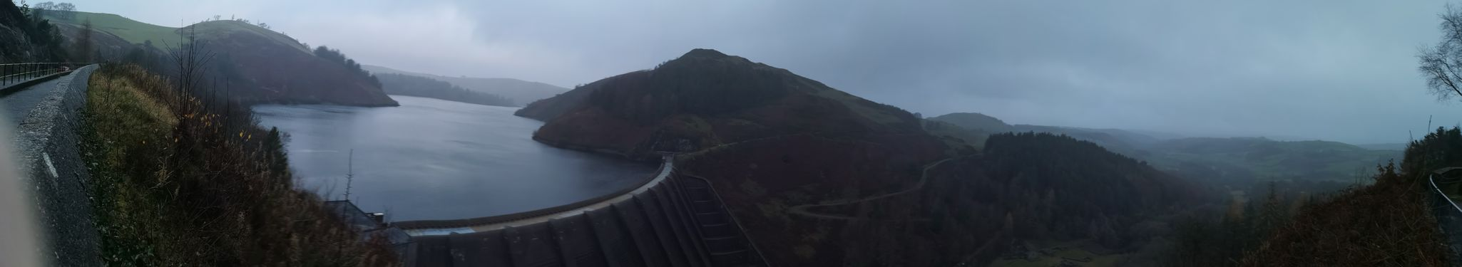 Looks like I'm flying... Water Dam Dam Looking Down Panoramic Photography Panorama P20 Pro Welsh Countryside Wales❤ Wales Mountain Range Wales You Beauty Dam Wall WoodLand Forest Photography Water Mountain Fog Lake Panoramic Sky Mountain Range Mountain Peak Overcast Atmospheric Mood Majestic Weather Dramatic Sky