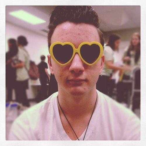 Boy Smile Fashion Heart Glasses