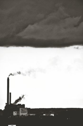 When I was a child, I thought that the steam from factory chimneys were how clouds were made. #black&white #partille renova Blackandwhite Factory Steam