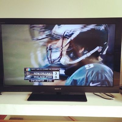 Start the day with Wildcard Playoff game! NFL Go Eagles !