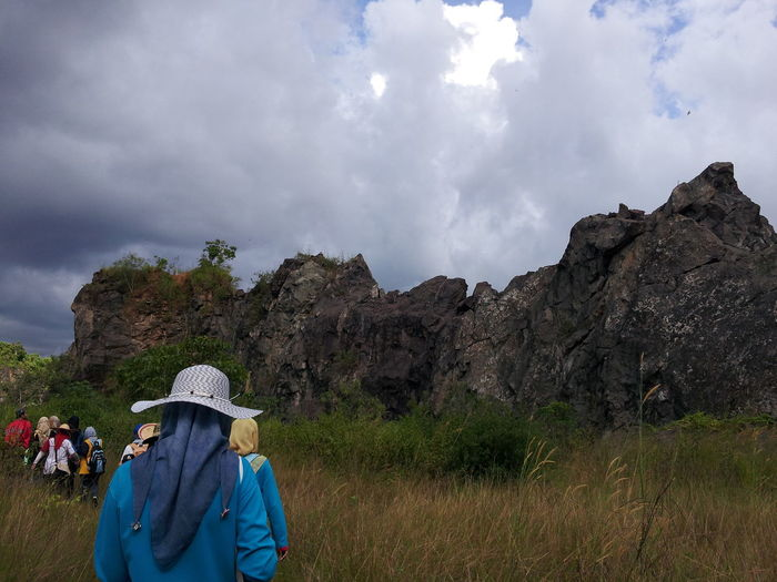 Grass Nature Big Rocks Cloud - Sky Fieldwork Fieldworker Land Lifestyles Mountain Nature Outdoors Plant Real People Scenics - Nature