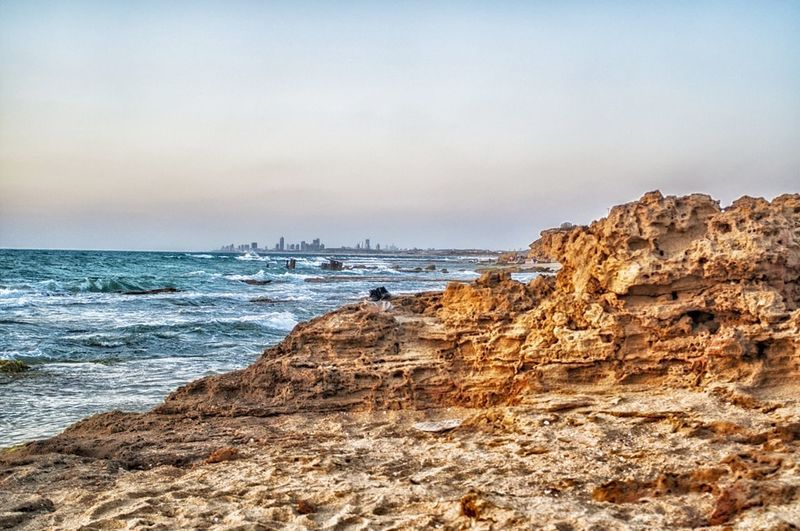 Пальмахим. Не спокойное средиземное море. Sea Beach Beauty In Nature Nature Landscape Tourism Travel Destinations Sky Water Rock - Object Outdoors Travel Travelphotography Israel Sand Nature Desert Palmahim