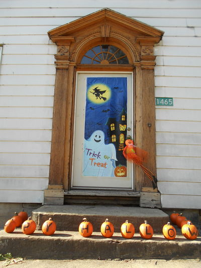 Happy Halloween from Smithfield, Ohio :) <3 American Federal Colonial Architecture Halloween Halloween EyeEm Happy Halloween Happy Halloween 2017 Happy Halloween! Month Of October Smithfield, OH Smithfield, OH 43948 Susan A. Case Sabir Unretouched Photography Architecture Building Exterior Built Structure C.1877 Day Facade Detail Frontal View No People Outdoors Pediment Restoration In Progress Restoration Project Small Village Wood - Material