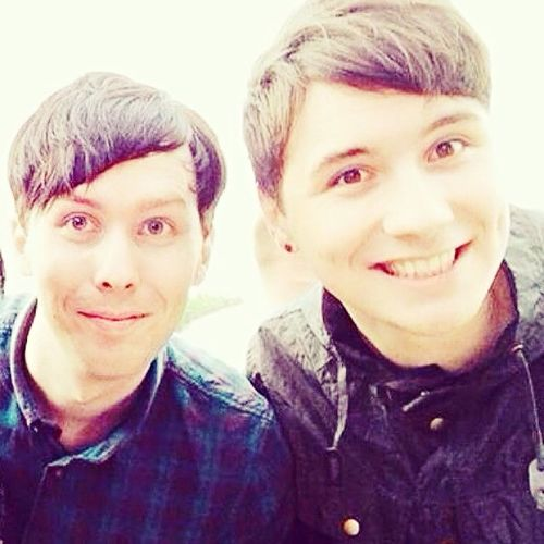 Dan and Phil are frickin best friend goals! Phan