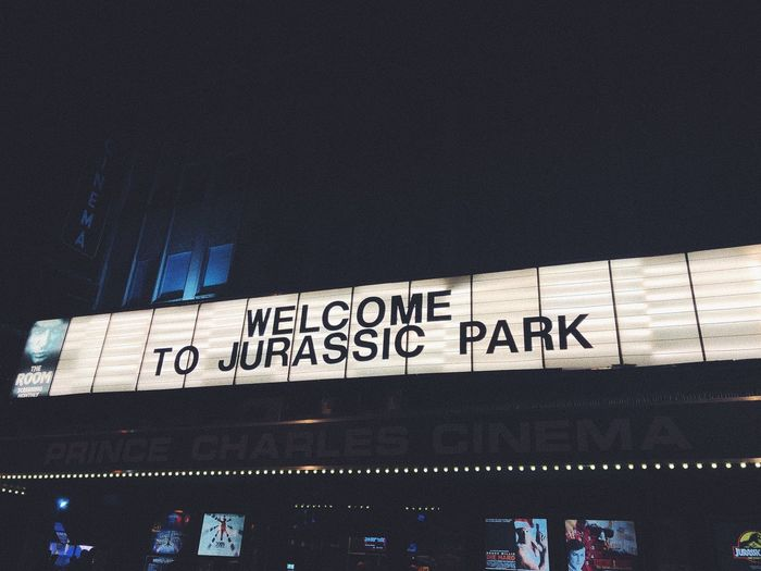 Jurassic Park Movıe Cinema Message