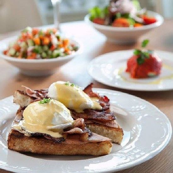 Breakfast Anyone? EGGBENEDICT Benedictbreakfast Benedicttelaviv Salad