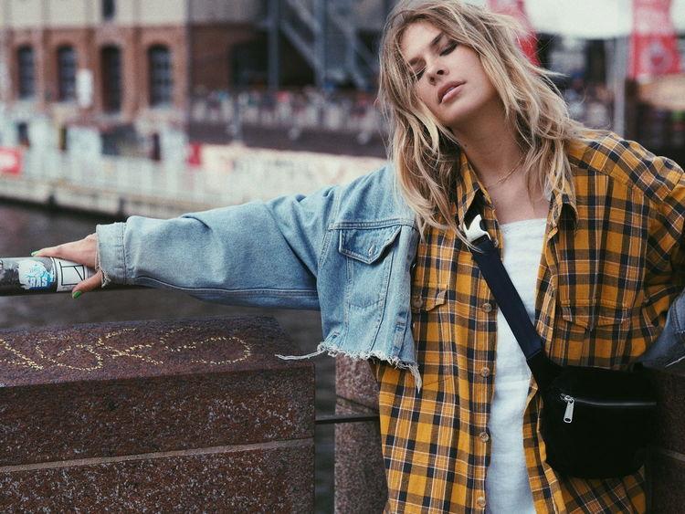 VSCO Vscocam Streetphotography Berlin #FREIHEITBERLIN City Young Women Women Standing Denim Jacket Casual Clothing