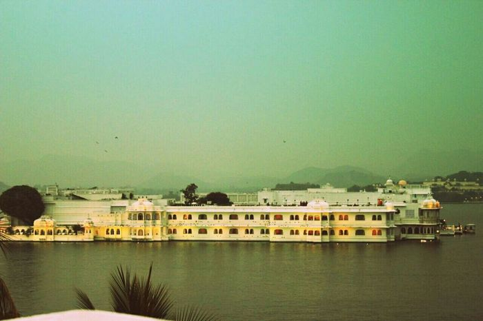 Tajlakepalace Udaipur_dairies Beauty Inthemiddleofthelake Loveforthecity Awestruck Mesmerized Wannagoagain Wanderlust First Eyeem Photo :)))