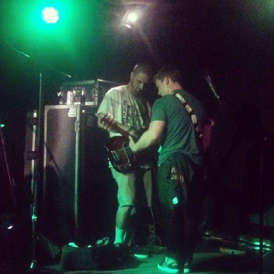 Andrew Forgy & Aaron Borowitz jamming on stage Reggae Concert Calireggae Thrivetheband kickingass phoenix