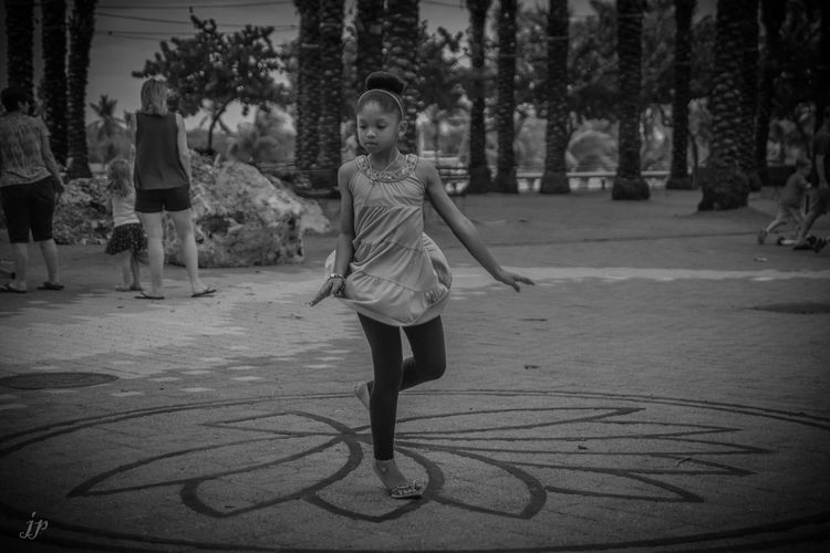 Girl People Black And White Photography Black & White
