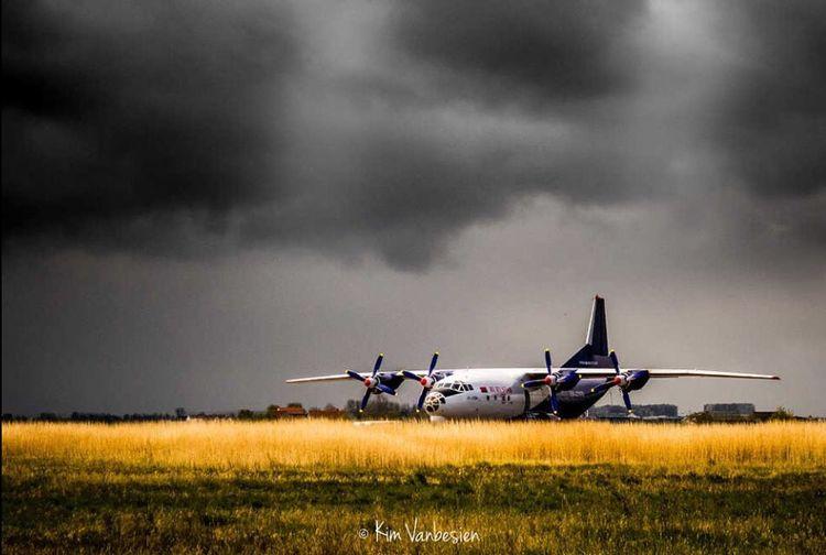 Antonov A12 Airplane EyeEm EyeEm Gallery Eye4photography  EyeEmBestPics EyeEm Best Edits EyeEm Best Shots Taking Photos Check This Out No People Cloud - Sky Skyporn Beauty In Nature Sky Oostende, Belgium Outdoors Landscape