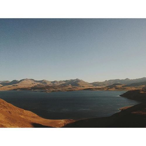 Solamente la perfecta creación...!! Creation Landscape Peacefullplace Maulelake Chile Instamoment Vscocam Instapic VSCO Mountainsandlake
