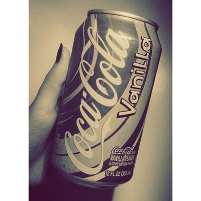 Red Ink Redink Girl coke vanilla cokevanilla delicious fresh cute nice cool vintage style like4like follow4follow followforfollow followme followbacknow followmenow followmefollowback
