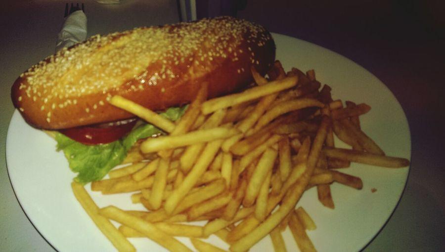 Les plats qui roulent: Cheeseburger :-) Lunch