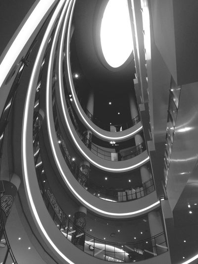 Architecture Black & White Light And Shadow Shopping