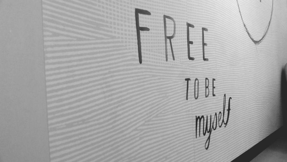 Free Freetobemyself McDonald's Istanbul Turkey Street Canon 50mm F1.8 ıı Canon60d