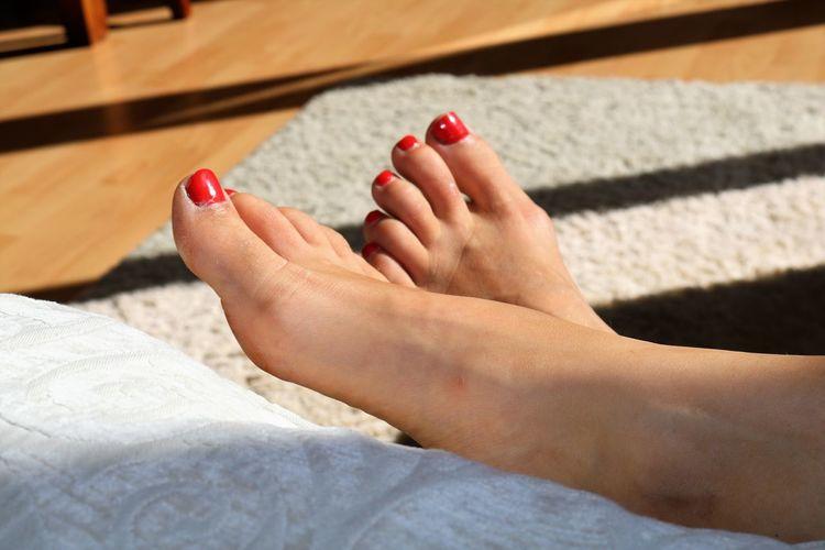 Adult barefoot Body Part Human Body Part Human Foot Nail Nail Polish One Person Real People Red Red Nail Polish Women