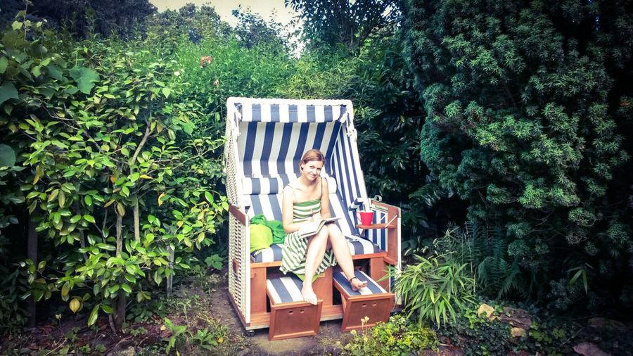 Sommer Hanging Out That's Me Relaxing Enjoying Life GoodDay❤ Erholung Home Sweet Home Gartenglück Sunshine Idyllisch Strandkorb Gestreift Deluxe Gartenperle Summerday Www.trojan-prophezeiung.de Autorin