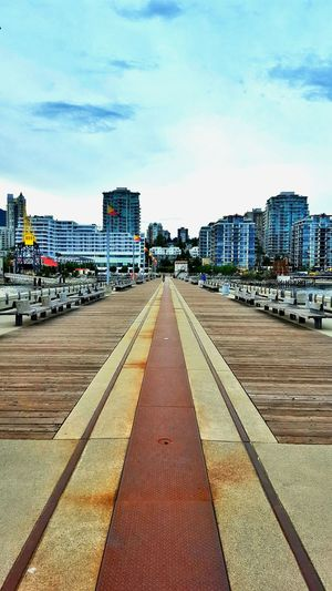 Hanging Out Check This Out Relaxing Vancouver Britishcolumbia Canada Northvancouver View Pier Lonsdale Lonsdalequay Lowerlonsdale Shipyards Shipyard Crane Pedestrian Walkway Lifestyle WestCoast Travel Destinations Architecture Rust