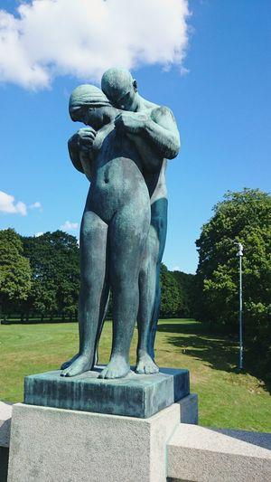 Gustav Vigeland Pedestal Vigeland Sculpture Park Representing Sculpture Statue Tree Park - Man Made Space Art And Craft Craft Sky Sculpted Fine Art Statue