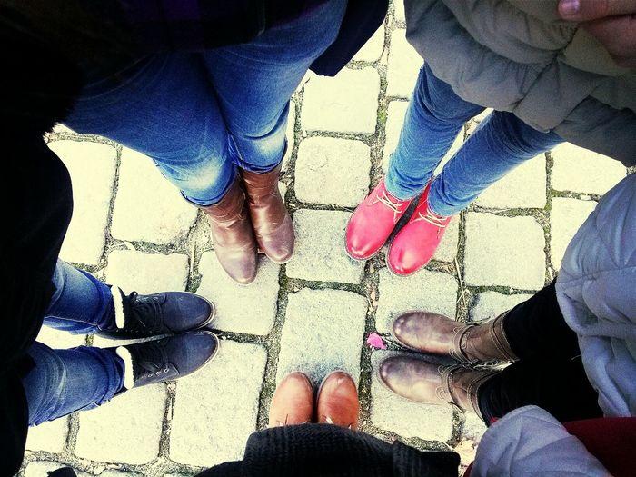 girls... Hello World Street Fashion