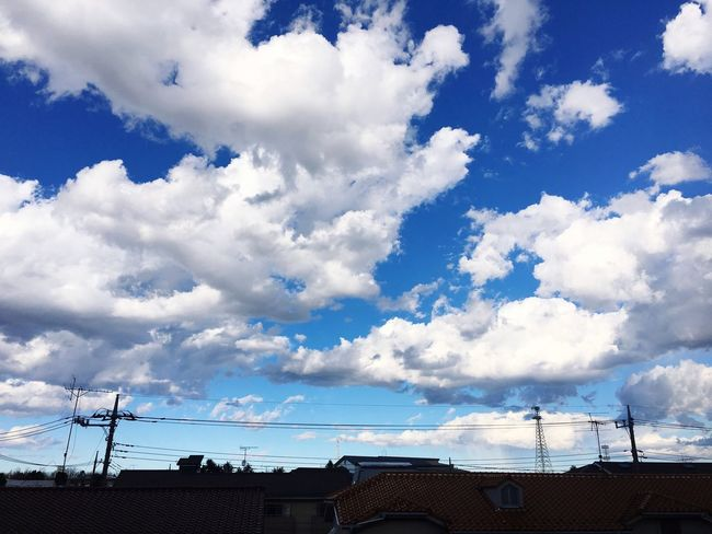 Sky Cloud - Sky Low Angle View Outdoors No People Day Tranquility Beauty In Nature Tranquil Scene Built Structure Nature Scenics Architecture