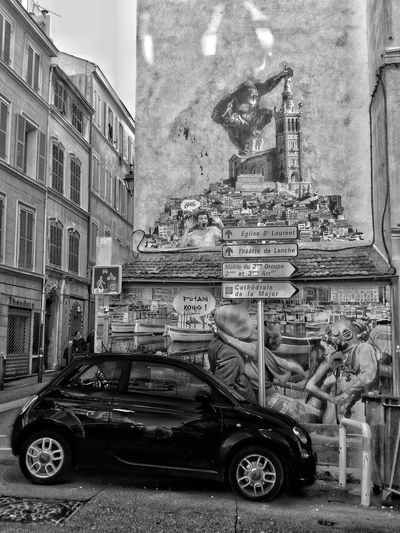 Bnw_friday_eyeemchallenge Bnw_collection Bnw_society Eyeem Bnw Best Of The Day EyeEm Bnw Bnw_aroundtheworld Streetphotography Street Art Streetphoto_bw Transportation Mode Of Transport Land Vehicle Car Day No People Architecture