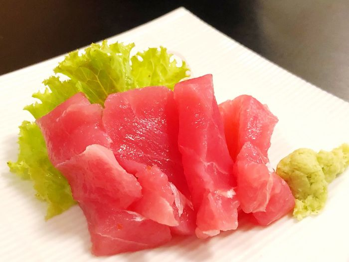 Tuna sashimi Japanese food ready to eat in restaurant Food And Drink Food Freshness Indoors  Healthy Eating Still Life Plate No People Table High Angle View Indulgence Serving Size Sweet Food Wellbeing Sweet Close-up Dessert Red Fruit Ready-to-eat