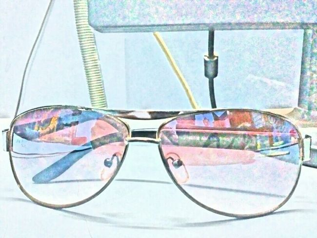 Showing Imperfection Goggles photoedits Freelance Life EyeEm Best Shots Eyemphotography Eyem Gallery Interior Photography Just A Click😉 Looking To The Other Side Without Flash Portrait Photography