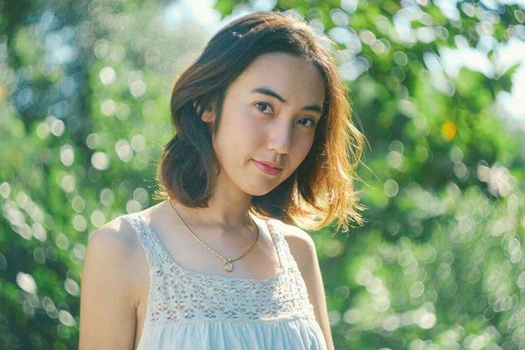 Beauty in Simplicity First Eyeem Photo Fujifilm X-Pro1 Portrait Bkk Thailand EyeEm Gallery EyeEm Best Shots Fujifilm Learn & Shoot: Working To A Brief