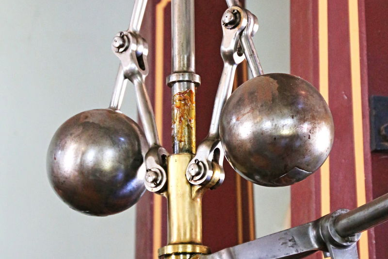 Steam engine governor Centrifuge Machinery Steam Engine Centrifugal Governor Governor Governor Balls Machine Part Regulator Speed Governor Speed Regulator