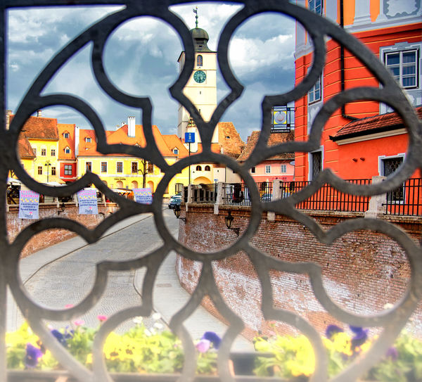 SIBI Architecture Art And Craft Bicycle Building Exterior Built Structure City Close-up Creativity Day Focus On Background Glass - Material Graffiti Metal Nature No People Outdoors Transparent Transportation Wheel Wrought Iron