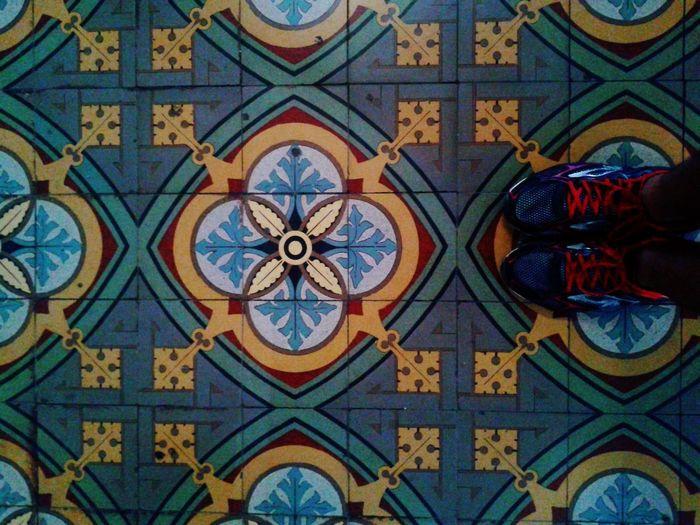 Por onde passo... Myfoot Whereilive Tiled Floor