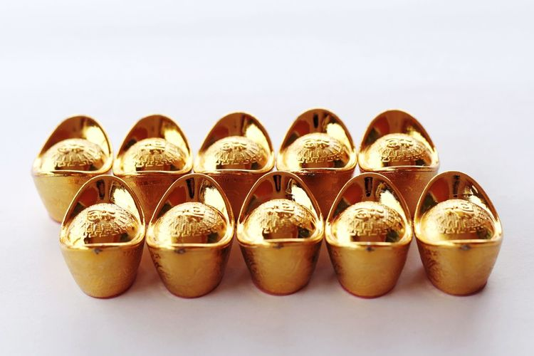 Chinese golden ingots for chinese new year festival decoration Chinese New Year Chinese Culture Gold Golden Ingot Arrangement In A Row Repetition Many Display