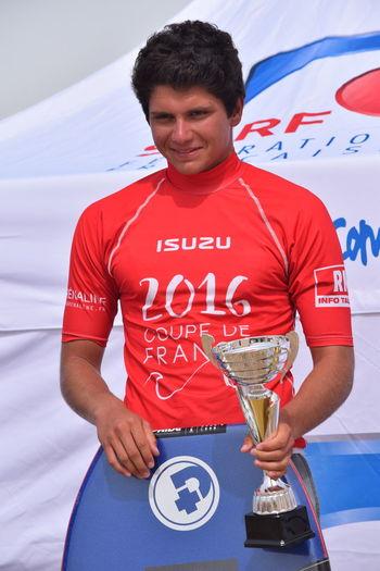 Eddy Mangenot remporte l'étape de la Coupe de France de Bodyboard qui a eu lieu le 4 septembre 2016 à La Tremblade (Charente-Maritime), en catégorie Junior. Bodyboard BodyBoarding Eddy Mangenot Mangenot
