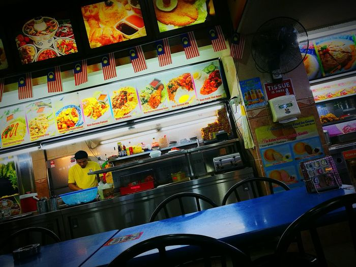 Mapley time for Teh Tarik and Maggi Goreng.. Nightlife Mamakrestaurant Alimaju Tehtarik Maggigoreng 24hoursaday Huawei P9 Leica Food And Drink