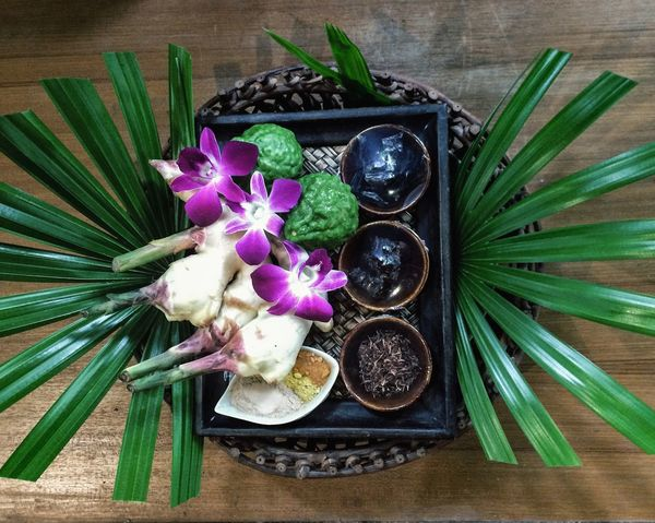 herb EyeEmNewHere EyeEm Nature Lover Ginger Bergamot Bergamot Leaf Plant Flowering Plant Flower Directly Above Table Indoors  High Angle View Still Life Food And Drink No People Choice Food Nature Close-up Green Color Variation Freshness Beauty In Nature Wellbeing Arrangement