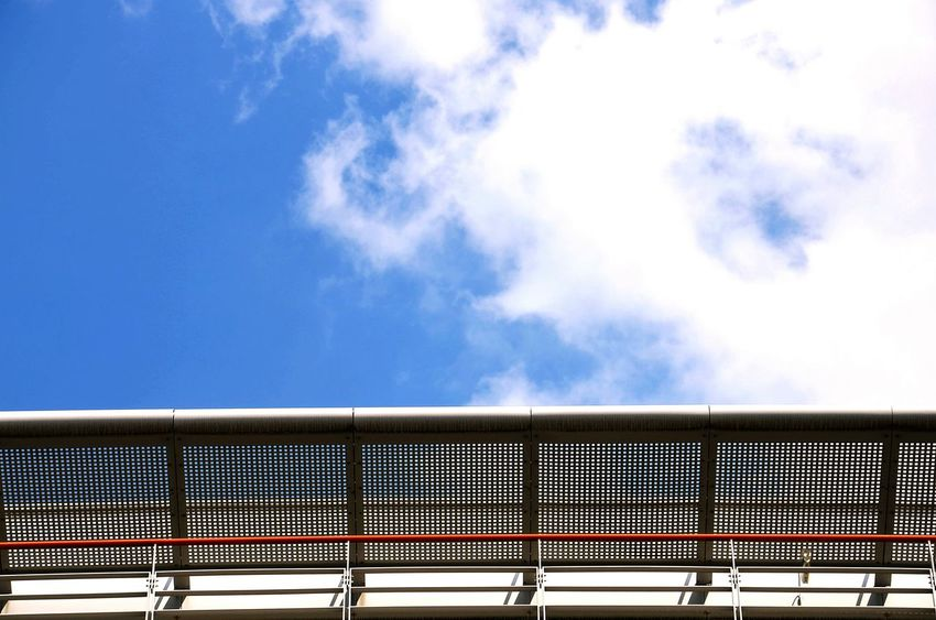 Blue Sky Minimalism Rooftop Roof Redline Cloud - Sky Coulors colour of life Modern Architecture EyeEm Best Edits Sky And Clouds Berlin Photography Berlin Stadtmitte Redline Cloud Modern Art Modern Building Minimalism Architektur Moderne Architektur Rooftop Roof The Architect - 2017 EyeEm Awards