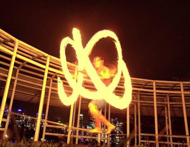 So last night I learnt I can firetwirl on a Slackline !!! Firetwirling Brisbane Kangaroopoint RockClimbing Multitasking Epic Awesome