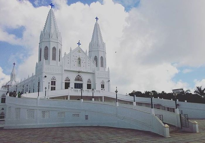 "Basilica (Extension) of Our Lady of Good Health- Vailankanni, Tamil Nadu, India. Attributed to three miracles. The well known is ""APPARITION OF MARY AND CHRIST CHILD TO SLUMBERING SHEPHERD BOY"". Lourdes of East.. Basilica Of Our Ladyofgoodhealth Velankanni Tamilnadu India Gothicstructure"
