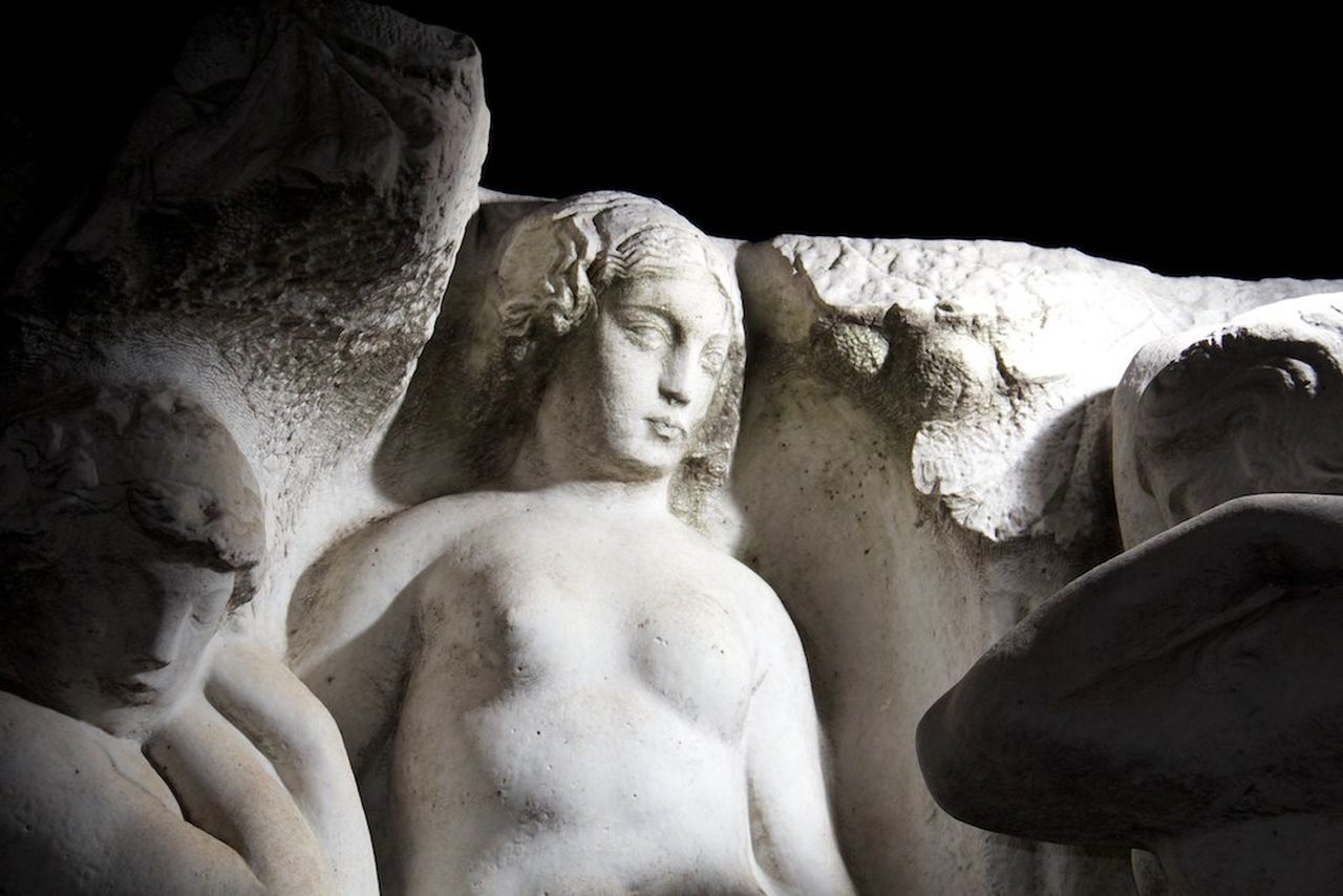 statue, sculpture, human representation, art and craft, male likeness, no people, marble, outdoors, day, close-up