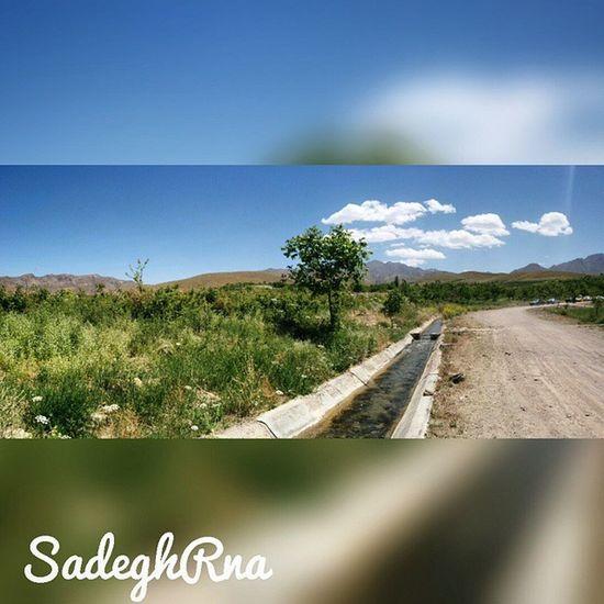 👌 Lalehzar is a village in Lalehzar Rural District, Lalehzar District, Bardsir County, Kerman Province, Iran 🌸 صنعت گلاب_گیری منطقهلاله_زارمدیون زندهیاد شهین_دخت صنعتی است 👸 هزاران هکتار باغ گلبا وجود خشکی هوا درشهرستانبردسیر، در ارتفاع 2700متری منطقهلالهزار گل_محمدی بدست میآید 🌿 درواقع لالهزار مرتفعترین منطقه استان کرمان است و به مرتفعترین منطقه ایران که سکونت در آن همچنان وجود دارد 😱 ⚡ مختصات جغرافیایی 56 درجه و 50 دقیقه طول شرقی و 29 درجه و 30 دقیقه عرض شمالی در 75 کیلومتری جنوب شرق شهر بردسیر قرار دارد 🌍 SadeghRna Thursday, June 4 2015 😏 Mustseeiran Iranemon Iranteravel ماباهمیم ایران_را_باید_دید Ig_kerman Mustseekerman @ig_kerman + @mustseeiran_insta + @mustseekerman