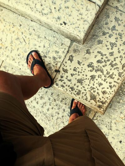 Stufen Treppe Stairs Marmor Flip-flop Low Section Human Leg Human Body Part Body Part One Person High Angle View Personal Perspective Shoe Men Standing Human Foot