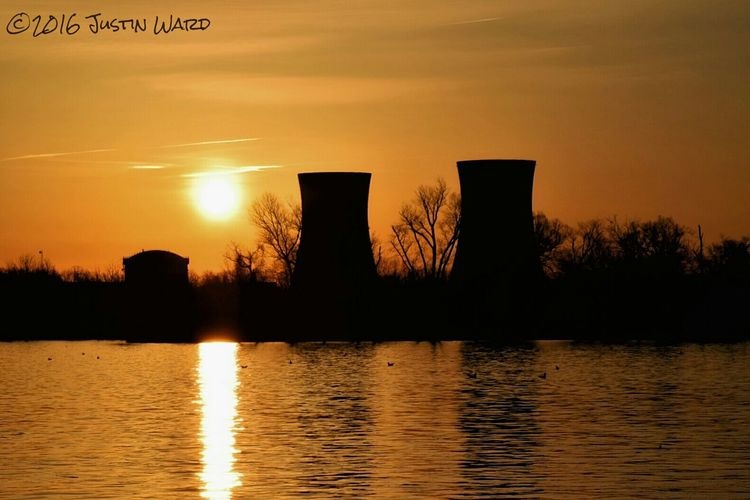 Sunrise at Three Mile Island Susquehannariver, Pennsylvania Pennsylvania Beauty Nuclear Power Plant Nuclear Power Plant Eye Em Best Shots Showcase: 2016 Showcase March Sunrise_Collection Sunrise_sunsets_aroundworld Sunrise Porn Sunrise N Sunsets Worldwide  Sunrise And Clouds Sunrise Silhouette Sunrises EyeEm Best Shots - Nature EyeEm Masterclass Eye Em Nature Lover EyeEm Best Shots Photooftheday The Great Outdoors With Adobe My Favorite Photo