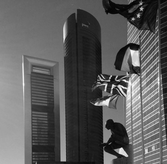 4 Torres Madrid 250114 Toma Frontal / Frontview Blackandwhite Streetphotography